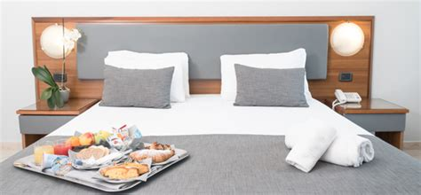 hotel torino con vasca idromassaggio hotel torino collegno camere spaziose con vasca