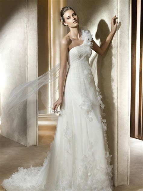 wedding dress materials and use them style review