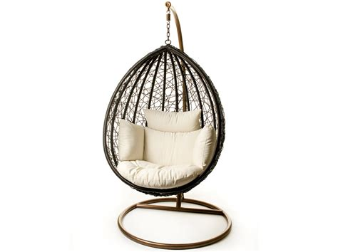 Escape patio hanging chair suspended on steel frame for