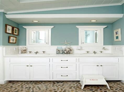 beachy bathroom ideas green glass bath accessories themed bathroom ideas