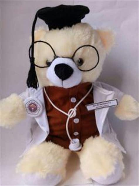Boneka Wisuda Jombang beli kado untuk boneka wisuda batam souvenir wisuda