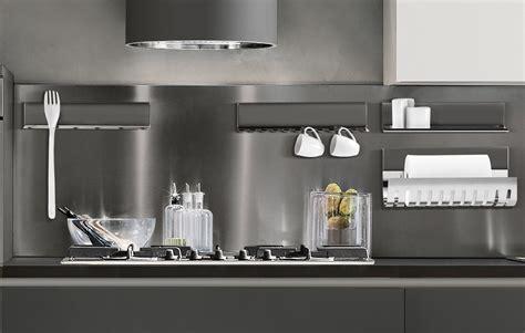 cucina mensole il sistema magnetika di ronda design mensole librerie e