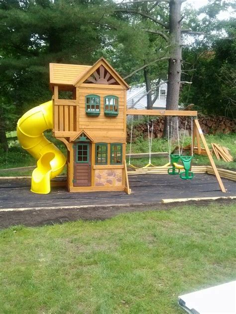 big backyard goldenridge deluxe playset installed in