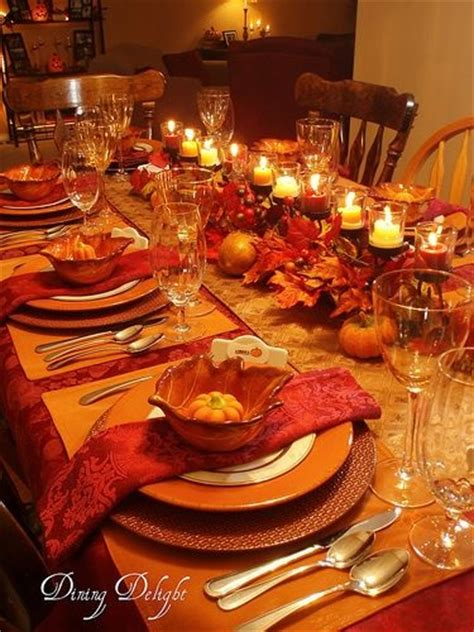 setting a table for thanksgiving dinner inviting fall tablescapes