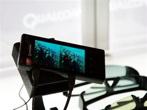 Hp Huawei Ideos S7 Slim mwc 2011 snapdragon cpu powering stereoscopic 3d system on