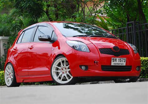 2007 Toyota Yaris Tire Size Toyota Yaris Custom Wheels Work Wheels Emotion Crkai 18x7