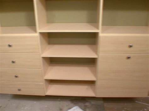 Diy Wood Closet Organizer by Diy Make Your Own Wood Closet Organizer Plans Free