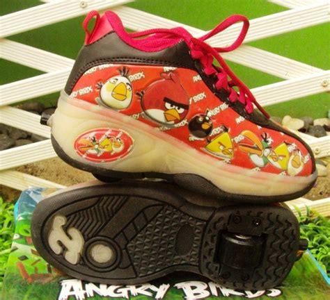 Sepatu Roda Keren sepatu roda angry bird merah