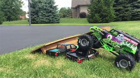 rc grave digger truck axial grave digger smt10 r c truck running