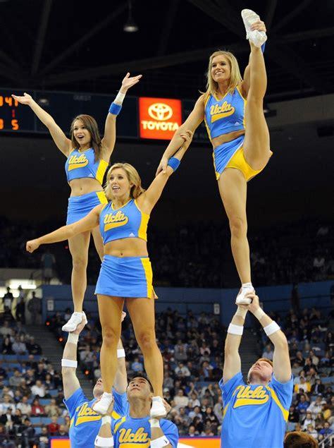 college cheerleader uniform malfunction college cheerleader wardrobe malfunction