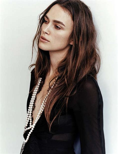 Vogue Uk Celebrates Keira Knightleys Coming Of Age In October 07 Issue by Keira Knightley Workout Routine Sizes