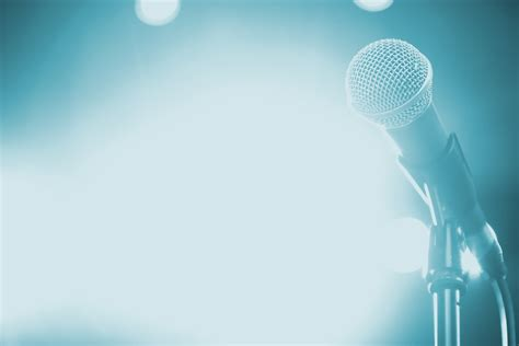 21 Top Tips To Ensure You Rock Your Next Presentation Brandbright Speaking Powerpoint Template