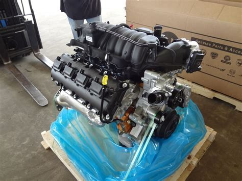 392 Hemi Crate Engine by Dodge Wrangler 6 4l 392 Hemi Complete Drop In Engine
