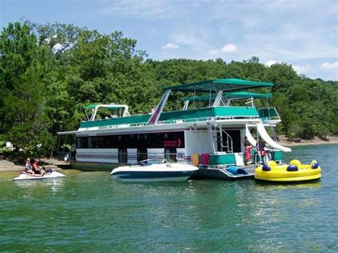 boat house rentals houseboats images 75 foot bigfoot houseboat home