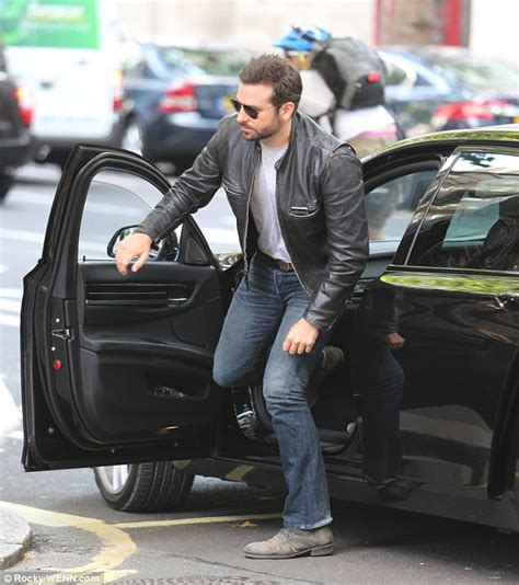 anthony daniels bradley cooper bradley cooper sports leather jacket and aviator shades as
