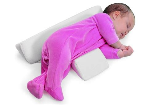 Baby Wedge Side Sleeper by 1000 Ideas About Baby Sleep Wedge On Nap