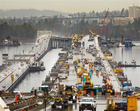 Seattle Mba Bridge by New 520 Bridge To Open In April Walkers Bicyclists Get
