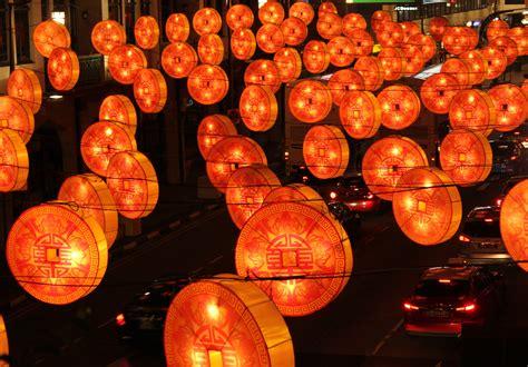 chinatown new year decorations file new year decorations chinatown 2015 jpg
