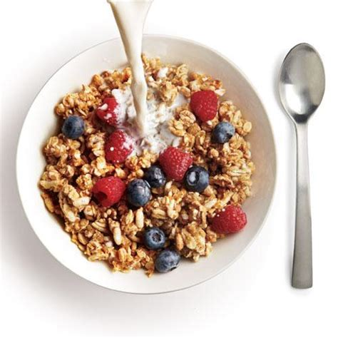 whole grains energy whole grain cereal and low milk the best foods for