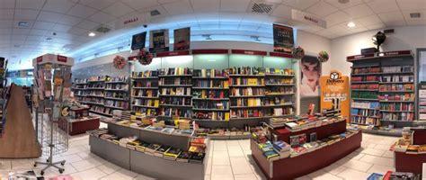 libreria mondadori perugia delivery point libero di non aspettare pi 249 il corriere