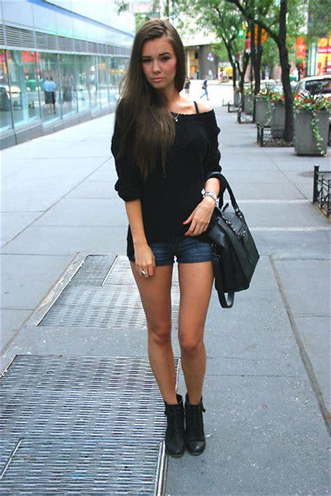 Kaos Black Real Retta Clothing aster b vonpoevii hat goodwill shine shirt retta purse