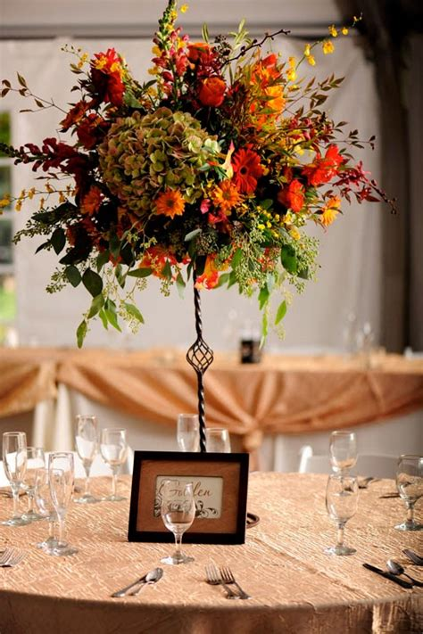Fall Flower Wedding Centerpieces by Fall Wedding Flower Centerpieces Wedding Stuff Ideas
