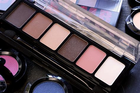 Nyx Adorable Eyeshadow the 7 50 nyx adorable shadow palette is