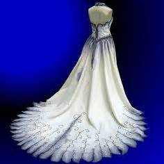 Halloween wedding dresses on pinterest halloween weddings wedding
