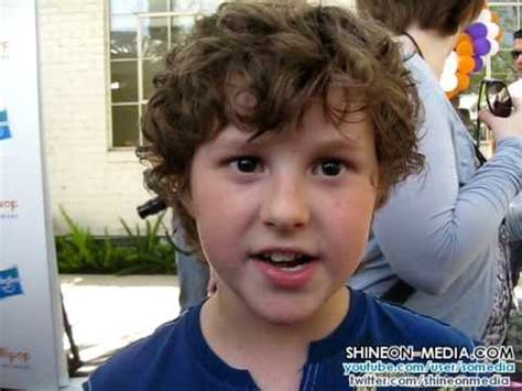 nolin gould mohalk nolan gould modern family interview lollipop theater