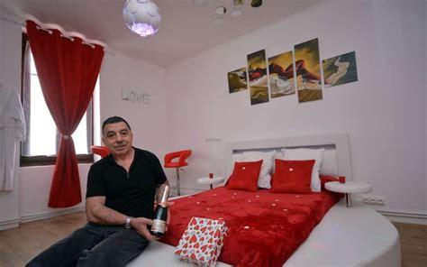 chambres d hotes coquines insolite en lot et garonne une chambre d h 244 tes plut 244 t