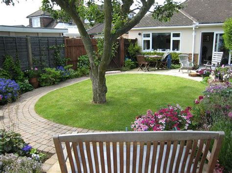Garden Ideas Photos small garden with tree google search curb appeal and