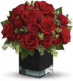 Telaflora Flowers - ravishing red s bouquet tfweb596 50 36