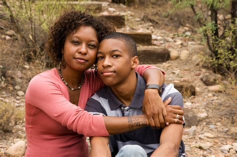 single moms with feminine sons african american single parent family savingteens