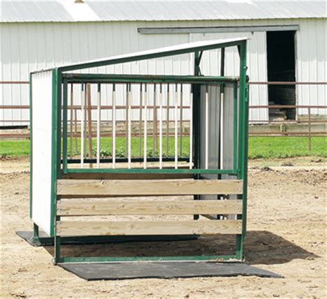 selecting a round bale feeder progressive cattleman