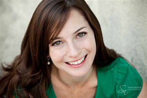 york commercial actress 0112 sn2010047 jpg