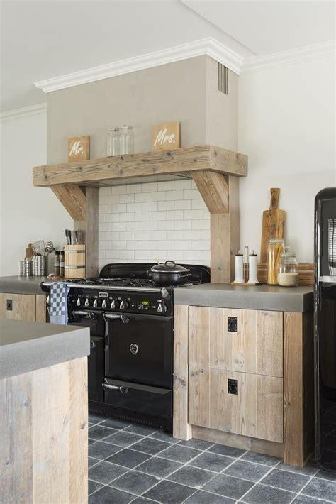 betonnen keukens restylexl landelijke keuken met betonnen aanrechtblad