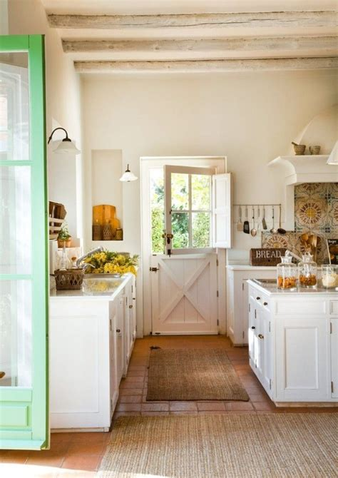 southern kitchen ideas 17 best ideas about southern kitchen decor on pinterest mason jar kitchen decor southern