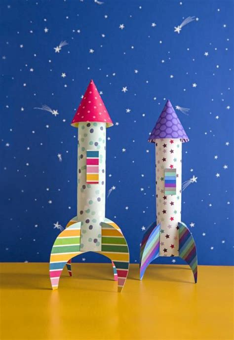 How To Make A Paper Spaceship That Flies - best 25 rocket craft ideas on