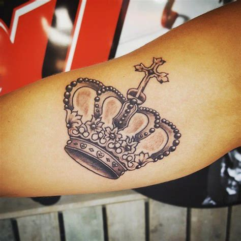 king queen tattoo designs 150 most sought after king and queen tattoos wild