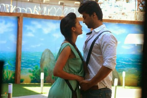 images of love in bigg boss gauhar khan and kushal tandon hd wallpapers gauhar khan