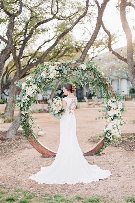 Wedding Arch Circle by 25 Trending Wedding Altar Arch Decoration Ideas