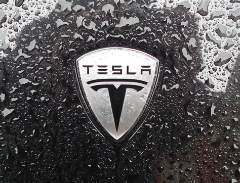 Tesla Logo Meaning Tesla Advert Gets Elon Only Motors