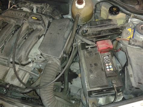 Renault Clio 1 2 Battery 1998 2012 Renault Clio Ii Battery Replacement 1998 1999