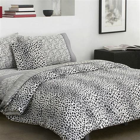 cheetah twin comforter dkny cheetah collection cotton twin comforter bed in a bag