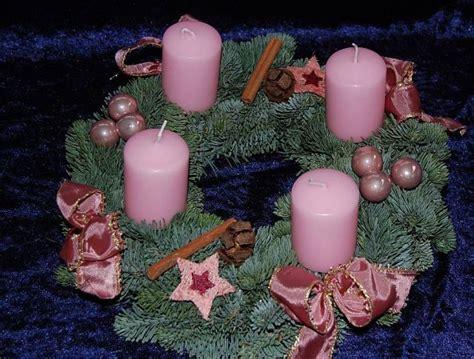rosa kerzen adventskranz dritte kerze rosa benited gt sammlung