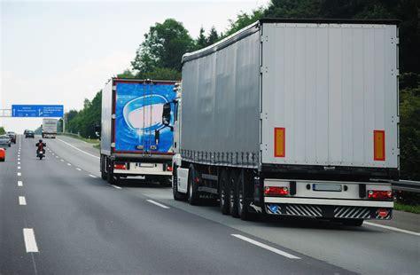Rettungsgasse Aufkleber Lkw by Rettungsgasse Mitstreiter Gesucht Jetzt Rettungsgasse