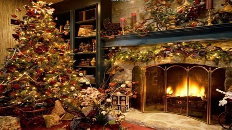 White christmas tree balls, :old fashioned christmas