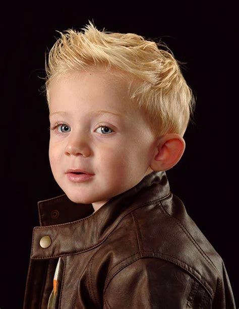 cute toddler boy hairstyles mode enfants pinterest 17 meilleures id 233 es 224 propos de toddler boy hairstyles sur