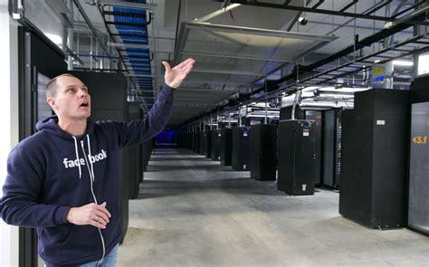 design center facebook how many servers does facebook have what kind of servers