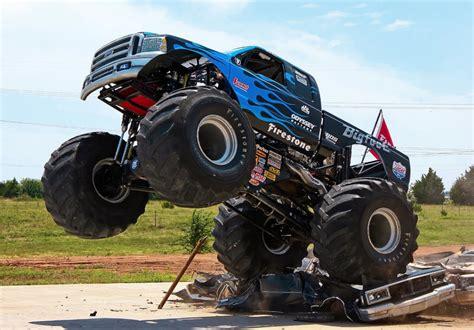 Bigfoot Monster Truck 920 56 Thethrottle Bigfoot Truck